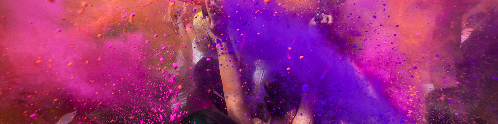 People taking part in a colour run
